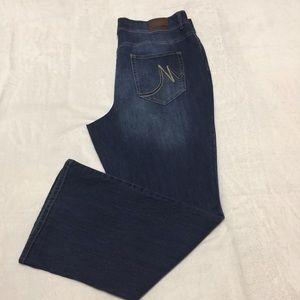 Maurices denim wash blue jeans size 22 Regular